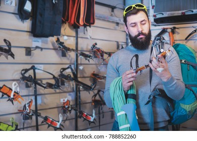 Climbing Equipment Images, Stock Photos & Vectors ...