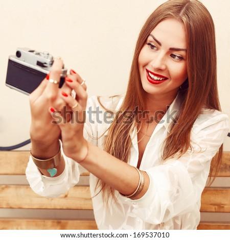 Can blonde girl self shot