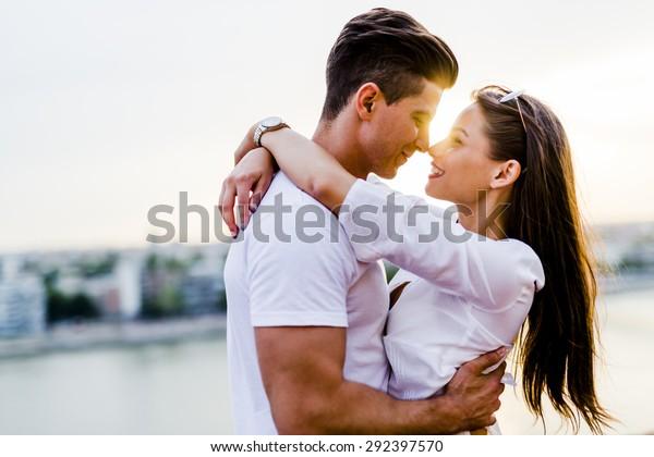 Christian dating når man skal kysse Wellington dating