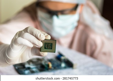 Young scientist develops microchip and checking electronic circuit
