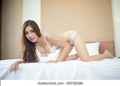 Japanese girl video porno ermafrodite