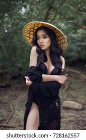 sexy-vietnamese-girl-pronstar-butt