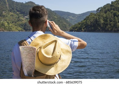young travelling with the mobile phone