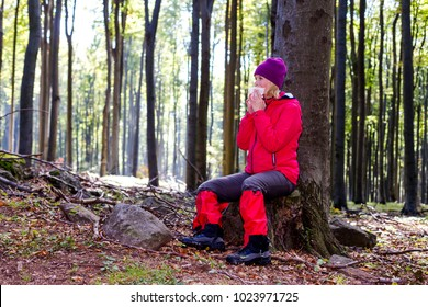 Young woman was allergic to the forest walk.