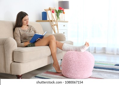 people lady sitting  chair stock image   featurepics