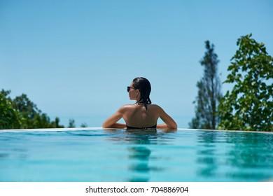 Infinity Pool Images, Stock Photos & Vectors | Shutterstock