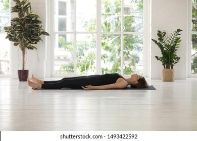 「woman corpse」の画像、写真素材、ベクター画像  shutterstock