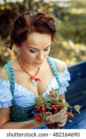 Young women in dirndl