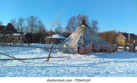 yurt in winter