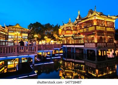yuyuan garden at night, shanghai famous tourist attraction.