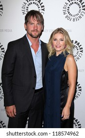 """Zachary Knighton and Elisha Cuthbert at the Paley Center For Media Presents An Evening with """"Happy Endings"""" & """"Don t Trust the B---- in Apartment 23,""""  Paley Center, Beverly Hills, CA 10-16-12"""