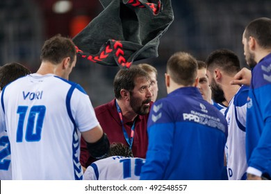 ZAGREB, CROATIA - OCTOBER 1, 2016: EHF Men's Champions League 2016-17, Group (B) phase. HC Zagreb PPD VS HC MOL-Pick Szeged. Zagreb players and coach Veselin VUJOVIC (LC) during time out.