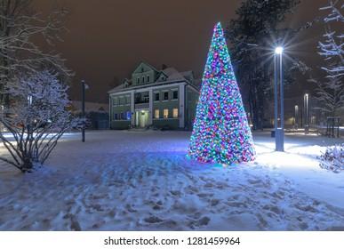 ZAKOPANE, POLAND - DECEMBER 24, 2018: The Christmas tree in the snow-covered Park in Zakopane. Poland.