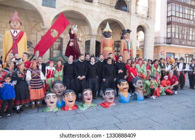 ZAMORA SPAIN ON JUNE 2018: Gigantes y cabezudos parade the Corpus Christi day in Zamora on June 3, 2018