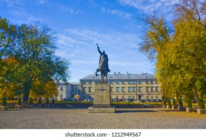 ZAMOSC, POLAND - October 16, 2018: Monument to Jan Zamoyski in front of the Zamoyski Palace in Zamosc