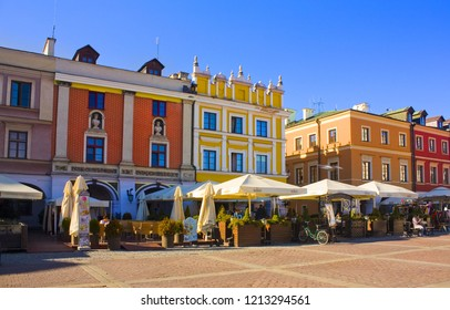 ZAMOSC, POLAND - October 16, 2018: Street cafe at Great Market Square (Rynek Wielki) in Zamosc