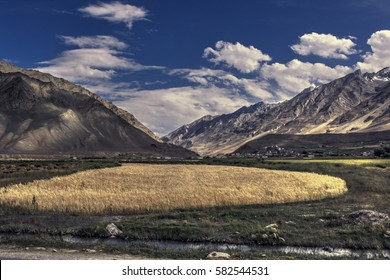 Zanskar, Kargil District, Jammu & Kashmir, India/Western Indian Himalayas/Zanskar Himalayas