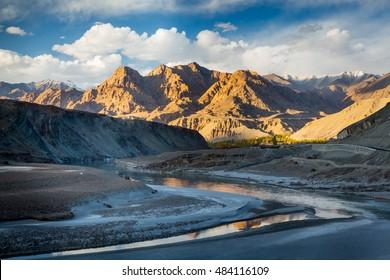 Zanskar river at Nimu village in the Indian Himalaya. Ladakh, India