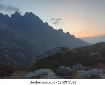 zapad slunce tatry - Shutterstock ID 1258372885