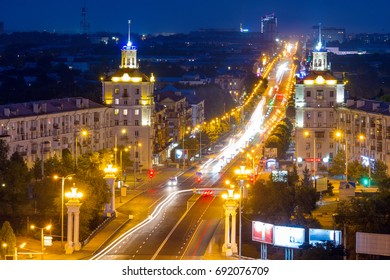 Zaporozhye central street, Soborniy (Lenin) avenue at night