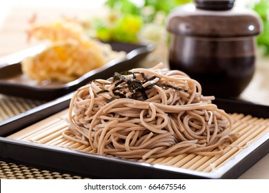 Zaru soba noodles with tempura , japanese food