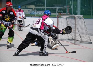 Imágenes, fotos de stock y vectores sobre Inline Hockey