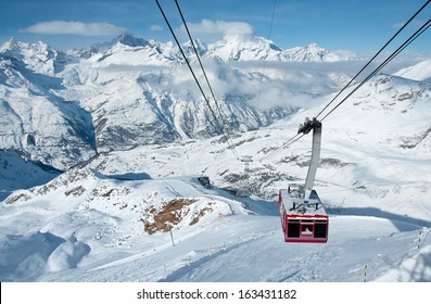 ZERMATT -?? JANUARY 17: Cable car climbing up from Gant to Hohtaelli on January 17, 2013 in Zermatt, Switzerland. It is 2707 metres long and spans an elevation of some 1057 metres.