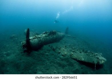 The Zero - A Japanese World War Two Plane Wreck Underwater