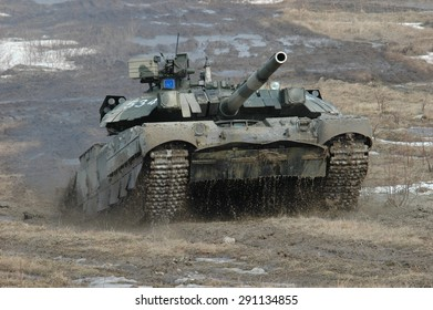 Zhitomir, Ukraine - 25 March 2005. Ukrainian main battle tank T-84 Oplot in the attack.