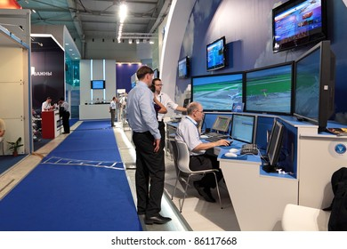 ZHUKOVSKY, RUSSIA - AUGUST 16: Universal aircraft simulator at the International Aviation and Space salon (MAKS) on August 16, 2011 in Zhukovsky, Russia