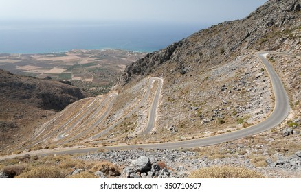 zigzag curves over Frangokastello, Crete, Greece