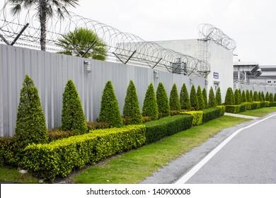 Zinc Fence Barb high security