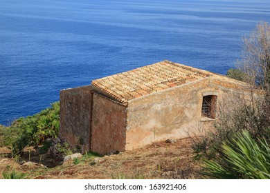 Zingaro Natinal Park - a view of a typical sicilian house, Sicily, Italy