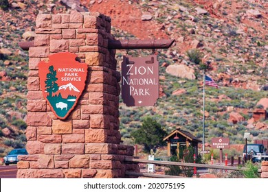 Zion Entrance Sign. Zion National Park, Utah, USA.