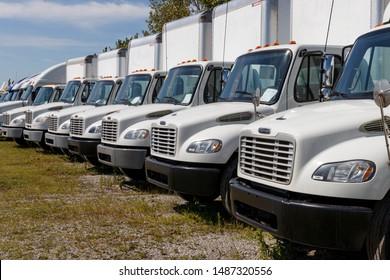 Freightliner Images, Stock Photos & Vectors   Shutterstock