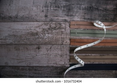 Zipper listed background