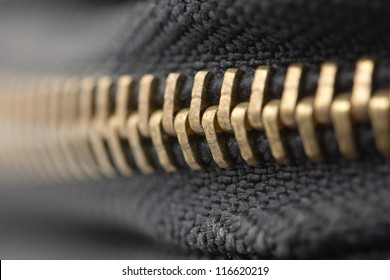 zipper shut. macro