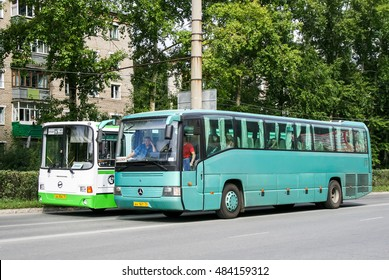 ZLATOUST, RUSSIA - AUGUST 23, 2008: Coach bus Mercedes-Benz O404-15RH-A in the city street.