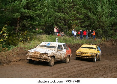 ZLATOUST, RUSSIA - SEPTEMBER 26: Buggy (No. 11) of team E1 Racing competes at the auto cross racing Championship of Chelyabinsk region on September 26, 2009 in Zlatoust, Chelyabinsk region, Russia.