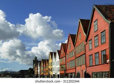Zona de Bryggen en la ciudad de Bergen, Noruega, Escandinavia - Bryggen area in Bergen, Norway, Scandinavia