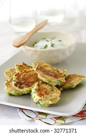 zucchini fritters with cucumber yogurt sauce