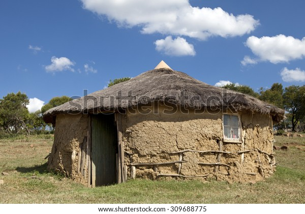 Zulu Hut Rural Village Stock Photo (Edit Now) 309688775