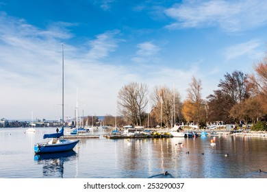 Zurich lake promenade