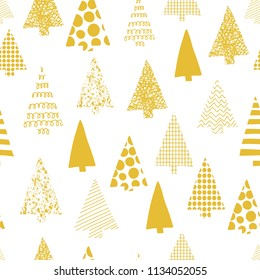 Abstract christmas trees vector seamless patern. christmas tree silhouettes gold on a white background. Modern Christmas design. Perfect for Christmas cards, gift wrap, fabric, and packaging.