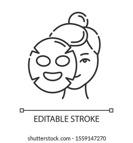 Applying sheet mask linear icon. Skincare procedure. Hydrogen mask. Facial beauty treatment. Cosmetics, makeup. Thin line illustration. Contour symbol. Vector isolated outline drawing. Editable stroke