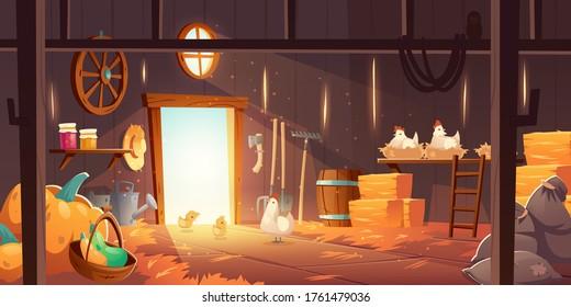 鶏、藁、干し草を持つ納屋。 鶏の巣、干し草の山、フォーク、庭道具、袋、カボチャを使った古い木の納屋のベクター画像漫画。 農村の貯蔵庫の収穫