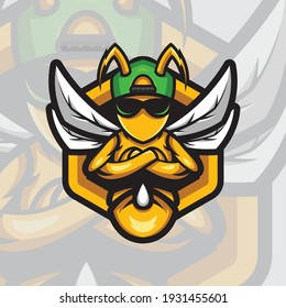 Bee logo mascot design sport vector with modern illustration concept style for badge, emblem and t-shirt printing. Hornet bee e-sport logo. Angry bee mascot illustration.