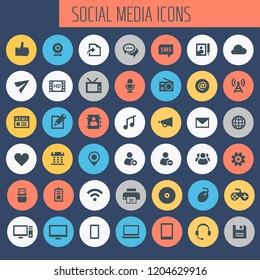 Big Social Media icon set, trendy line icons collection