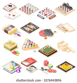 Board games isometric icons set of checkers chess playing cards roulette tennis bingo billiard puzzles vector illustration