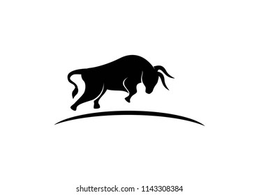 Bull Logo Template vector icon illustration